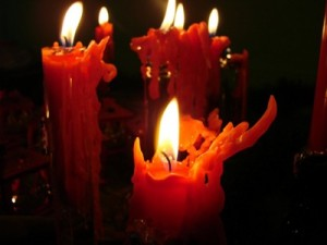 red-candles-wallpapers_6392_1600 (Copy)
